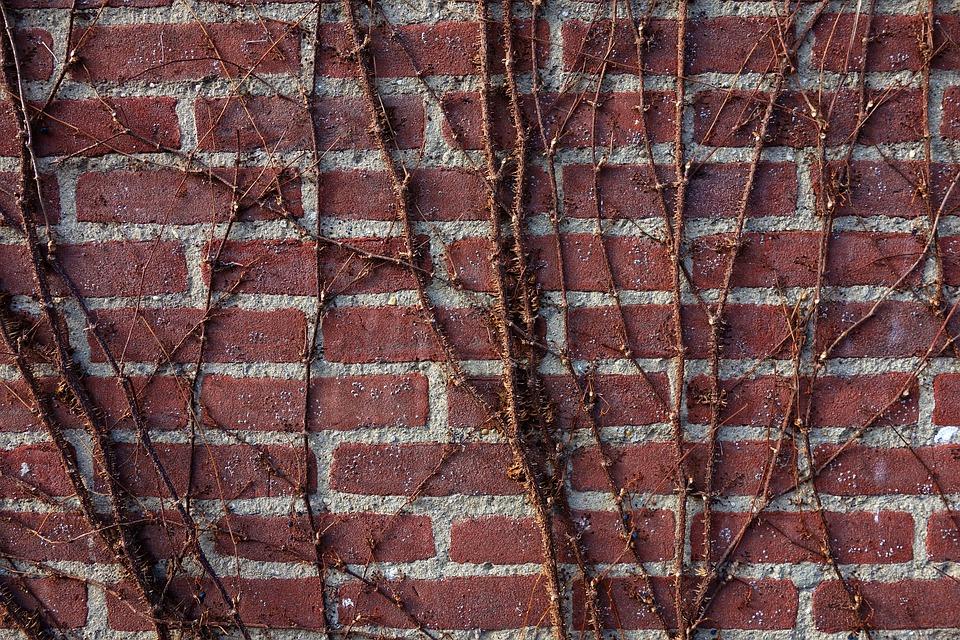 Jak barevně sladit betonové ploty Ostrava
